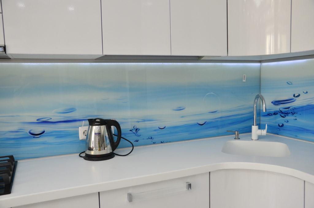 кухонный фартук из стекла с подсветкой дом-идей.рф